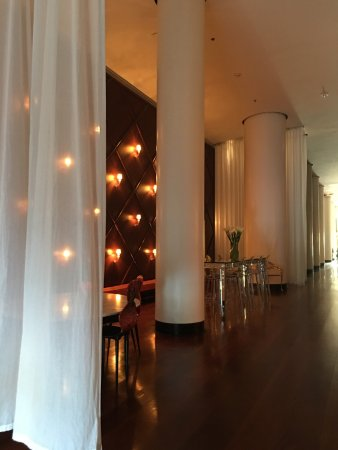 Delano South Beach Hotel: photo0.jpg