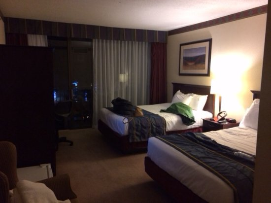 Harrison Hot Springs, Canada : Room in West Tower