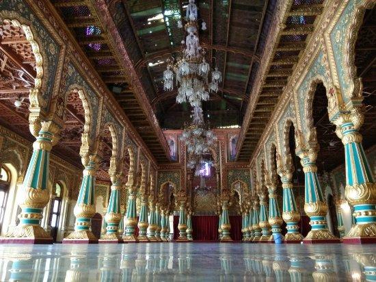 Mysore Maharajah's Palace (Amba Vilas): IMG-20171029-WA0010_large.jpg