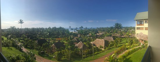 Outrigger Fiji Beach Resort: photo1.jpg