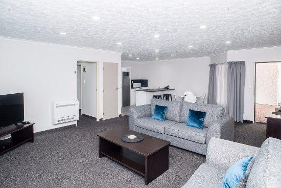 Gisborne, New Zealand: Family Suite Dining Area