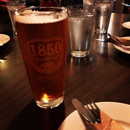 Mariposa, CA: ピーチフレーバーのビール