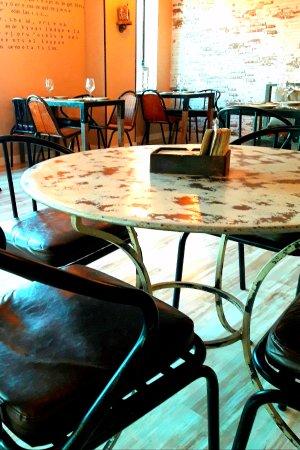 Restaurante malamadre punto de encuentro en san sebasti n - Cocinas san sebastian de los reyes ...