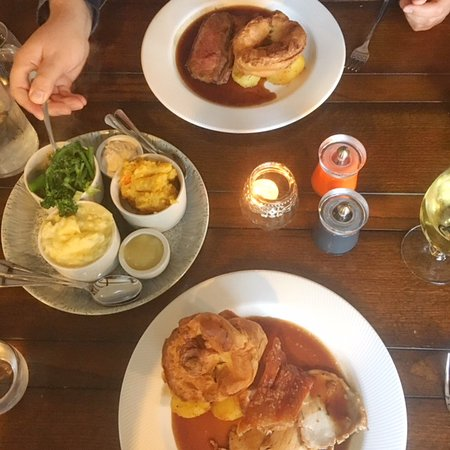 Burwell, UK: Sunday Roast