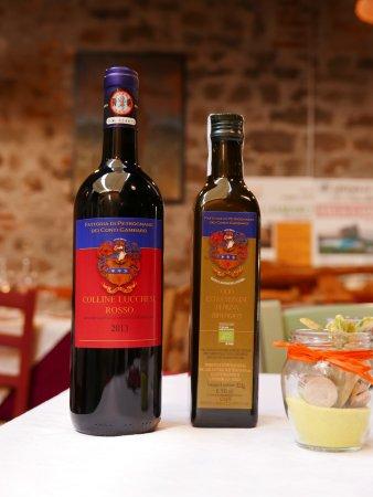 Capannori, Italy: Il nostro vino e il nostro olio