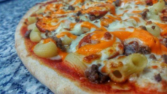 Pizza Mac´N´Cheese con ternera y perpperonni