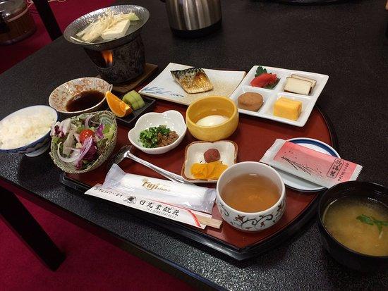 نيكو توكانسو: Breakfast