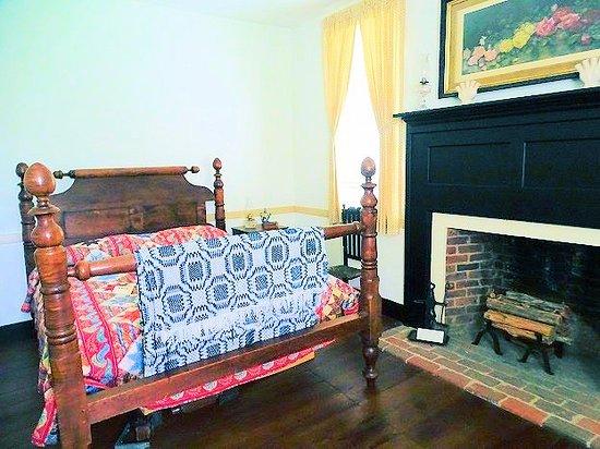 Wake Forest, NC: inside dr. calvin jones house