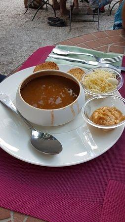 Entr e soupe de poisson un vrai d lice photo de la for Restaurant poisson salon de provence