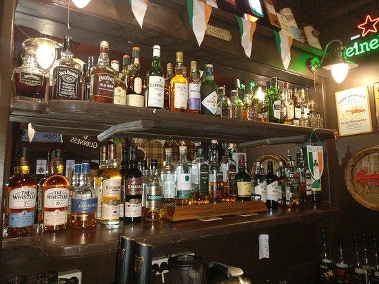 O'Sullivan's Irish Pub: Большой выбор ирландского виски