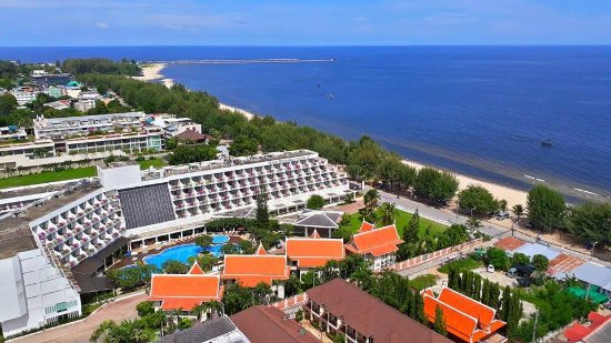 Golden Beach Hotel Cha-am: View from the 21st floor - Deluxe premier room