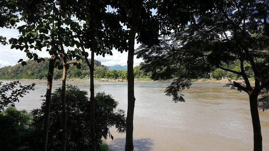 Lan Kham Riverside: 20171121_132531_large.jpg