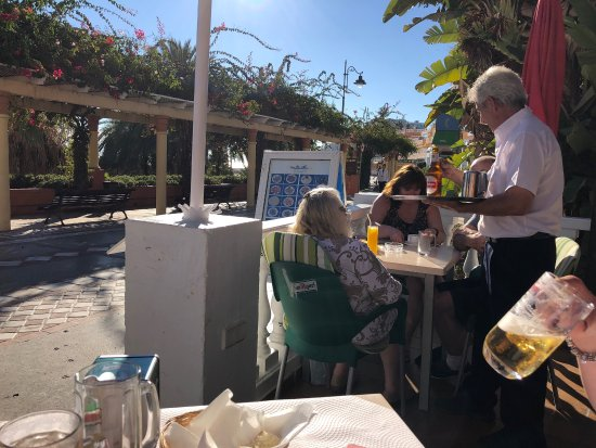 Restaurante La Barca: photo0.jpg