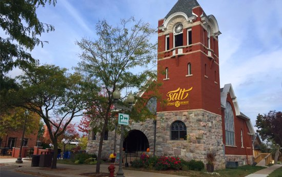 ‪‪Saline‬, ميتشجان: Enjoy craft food and beer in our amazing 117 year old former church‬