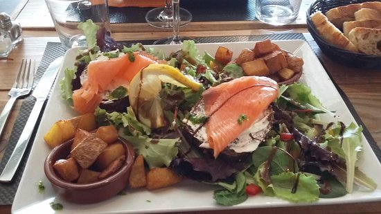 Rouffiac-Tolosan, Франция: bruschetta saumon