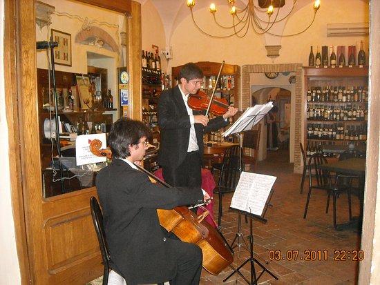 Colle di Val d'Elsa, Italy: MUSICA CLASSICA