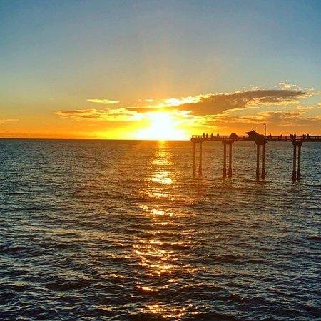 Super 8 San Diego Hotel Circle: Sunset from Ocean Beach Pier