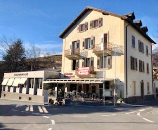 Uvrier, Suisse : L'Auberge du pont