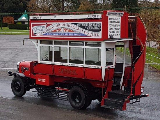 Fordingbridge, UK: Beaulieu well worth a visit :)