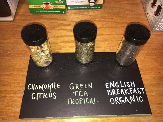 มิดเดิลทาวน์, โรดไอแลนด์: Loose Leaf Tea. Our selection is growing