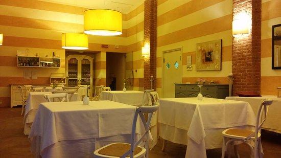 Vignale Monferrato, İtalya: Sala da pranzo