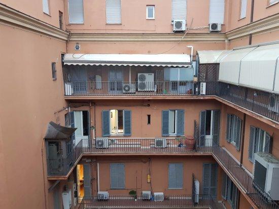 Hotel Caprice: Vista desde la habitación interna.