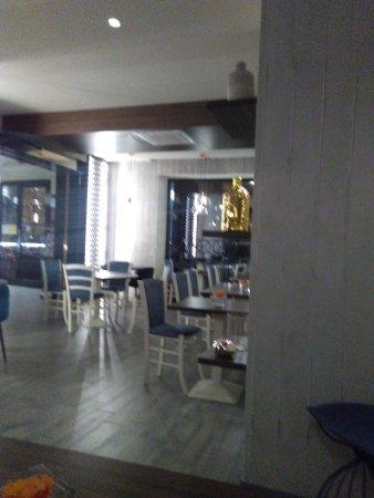 GOGA CAFE