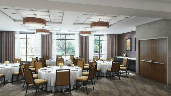Jackson, TN: Ask about our meeting rooms, with space for 12 to 100 guests.