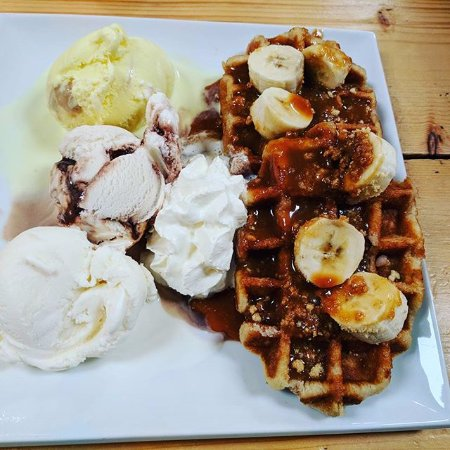 Cockerham, UK: Banoffee waffles