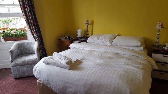Ambassador Hotel: FB_IMG_1511283020191_large.jpg