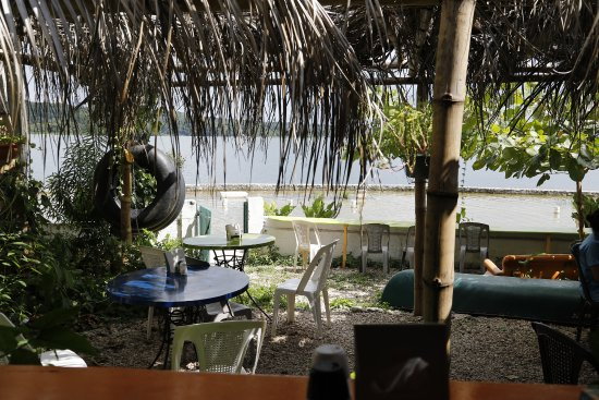 El Cafe Chilero: outside