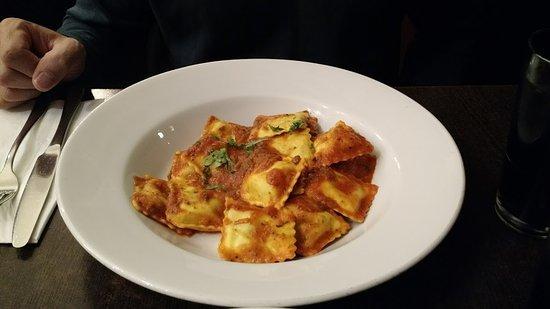 Cucina Cafe Bar: Ravioli
