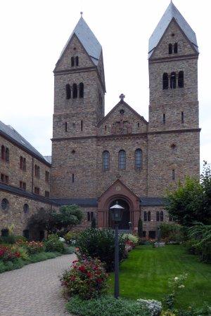 Benedictine Abbey of St. Hildegard: Klosterkyrkan