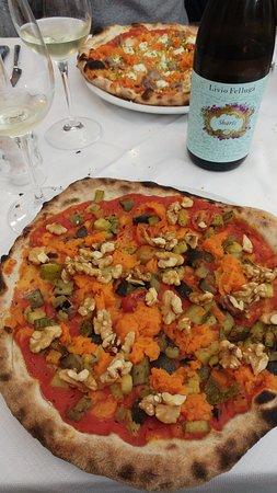 Colle di Val d'Elsa, Italy: Pizza