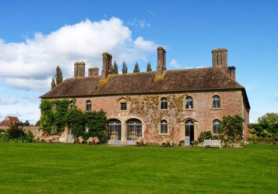 Ilminster, UK: Strode House, built 1674, originally as the stable block