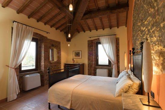 Panicale, Italien: Orange Room