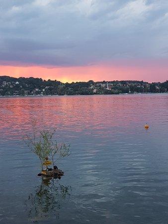 Steckborn, Schweiz: Die Sicht auf den See erzählt Ihnen spannende Geschichten.