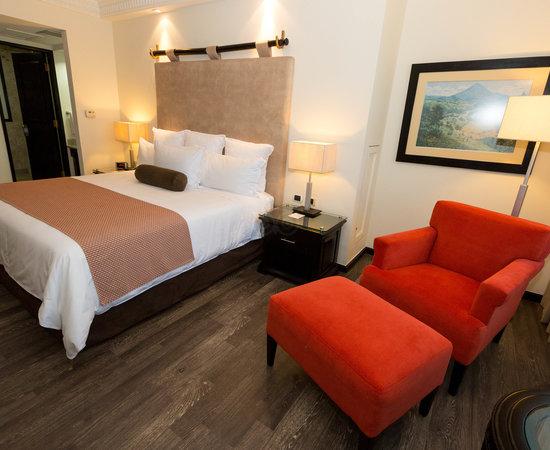 Grand Tikal Futura Hotel, Hotels in Guatemala City