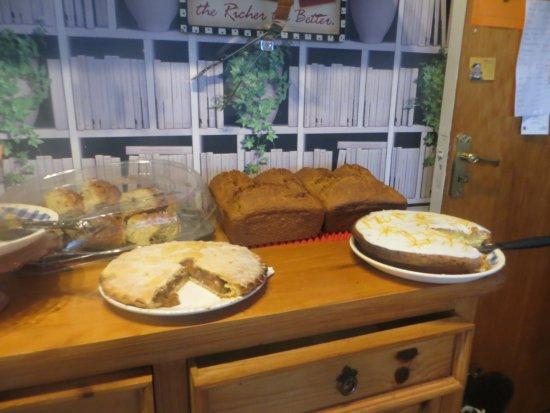 Kilkelly, Irlanda: June's Brown Bread & Baked Desserts