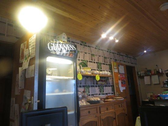 Kilkelly, Irlanda: View inside the Tea Room