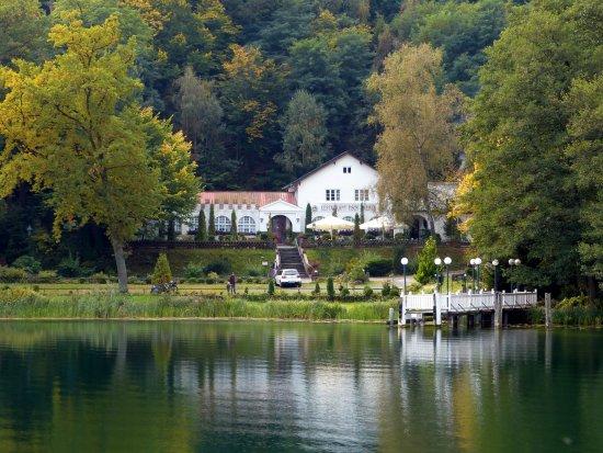Buckow, ألمانيا: Am Schermützelsee 2, Restaurant Fischerkehle