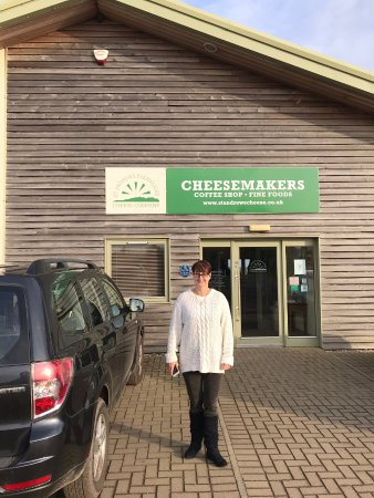 Анстратер, UK: Lovely little Cheese factory...