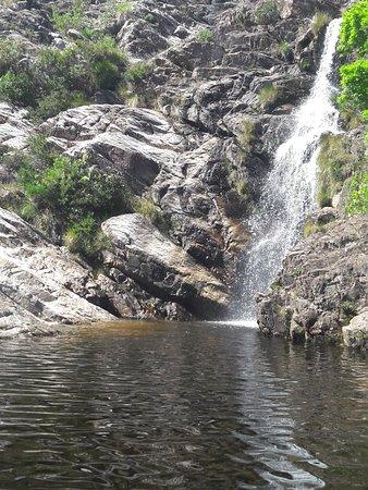 Santana do Riacho, MG: Cachoeira do Gavião