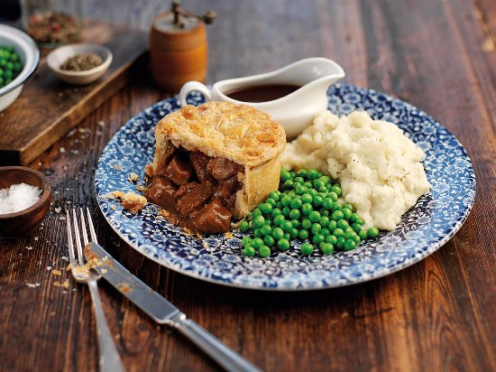 Morriston, UK: Welsh Beef and Ale Pie
