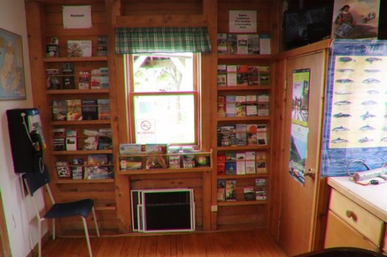 Baddeck, Kanada: Lots of pamphlets