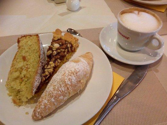 Massa Martana, Italie : COLAZIONE