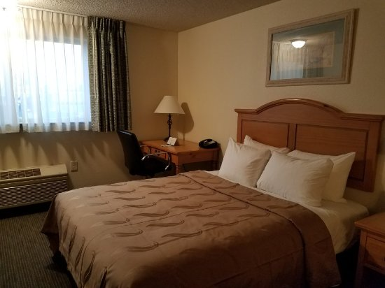 Quality Inn & Suites of Silverdale: Guest Rooms