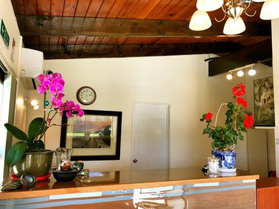 Grange Motel: Office