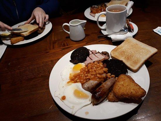Washington, UK: Great Breakfast, Excellent Value ...