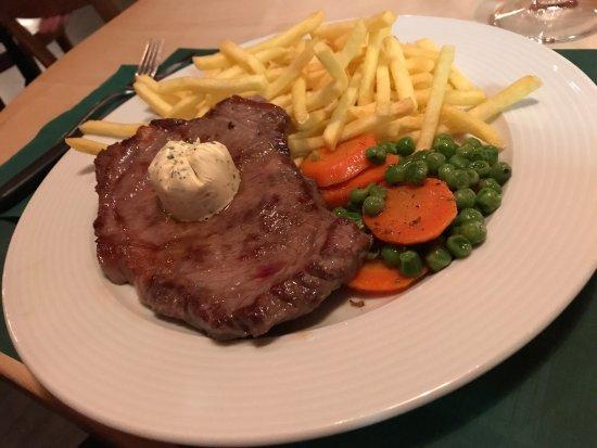 Wettswil, Швейцария: Restaurant Muhligolf
